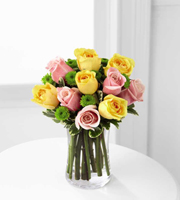 The FTD� Light of My Life� Rose Bouquet