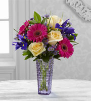 The FTD� Hello Happiness� Bouquet by Better Homes and Gardens�