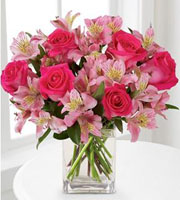 Dreamland Pink  Bouquet - With Vase