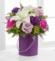 The FTD� Color Your Day With Beauty� Bouquet