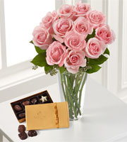 The FTD� Pink Rose & Godiva Bouquet