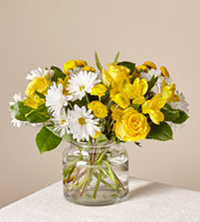 The FTD Sunburst� Bouquet by Better Homes and Gardens�