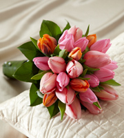 The FTD� Embraceable� Bouquet