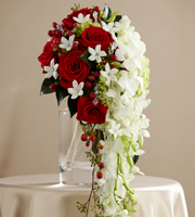 The FTD� Here Comes the Bride� Bouquet